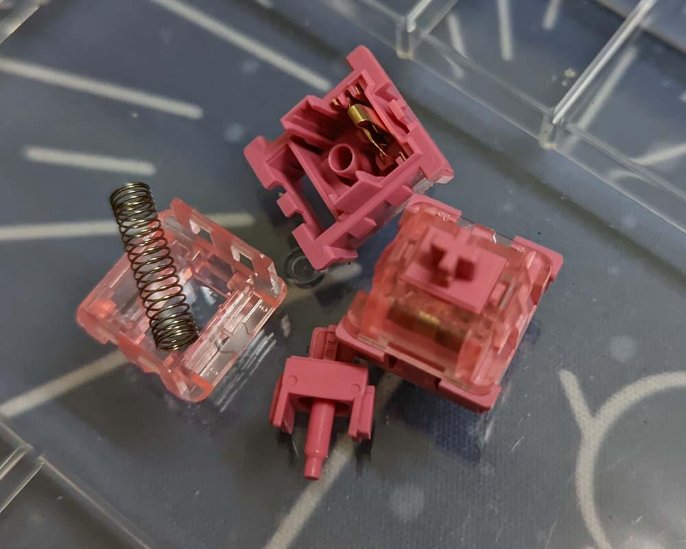 AKKO CS Switch - Rose Red